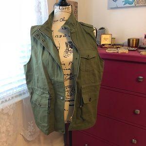 Jackets & Blazers - Olive green vest s,m,l,xl